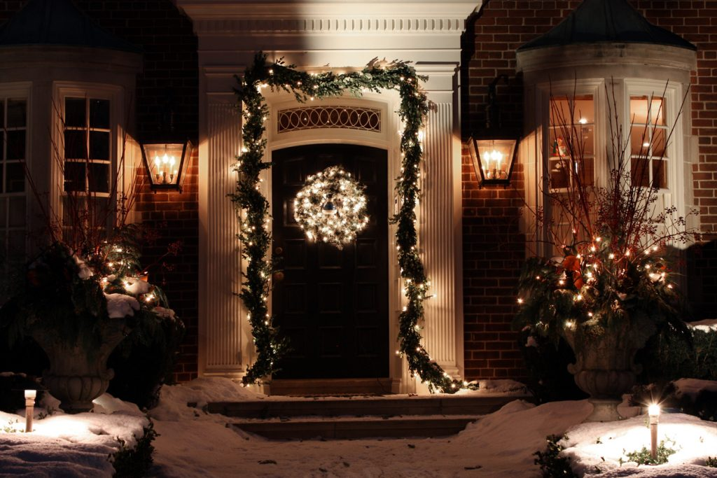 An affluent home with a nice display of decorations.
