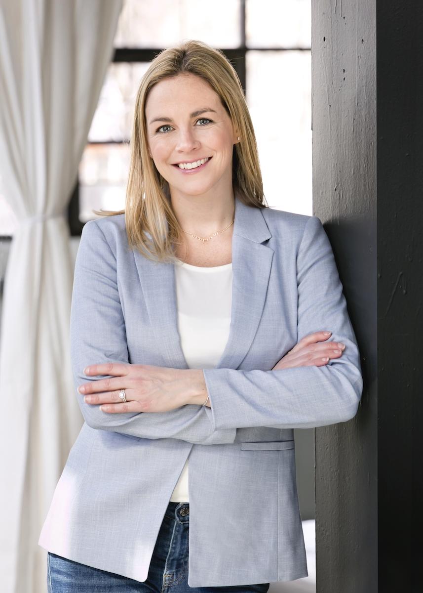 Real Estate Agent Ashley Davidson